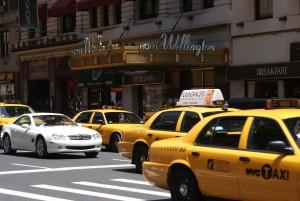 Mietwagen versus Taxi in New York