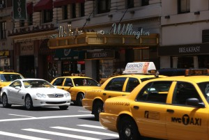 Mietwagen versus Taxi in New York