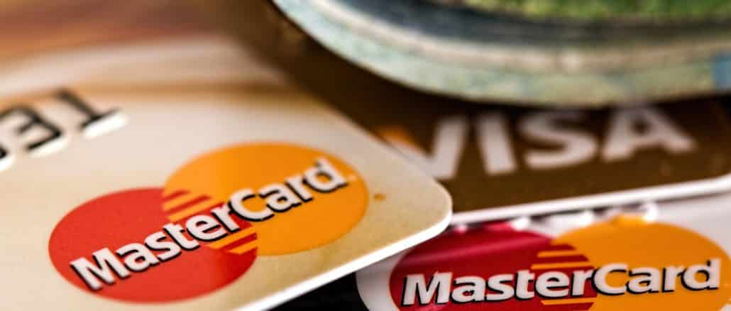 Die Kreditkarten Mastercard und Visa